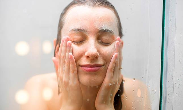 Penggunaan sabun yang salah dapat membuat kulit kamu jadi semakin kering.  Contohnya sabun batangan yang walaupun berlabel fragrance-free masih lebih  baik ... 000c15d4e7