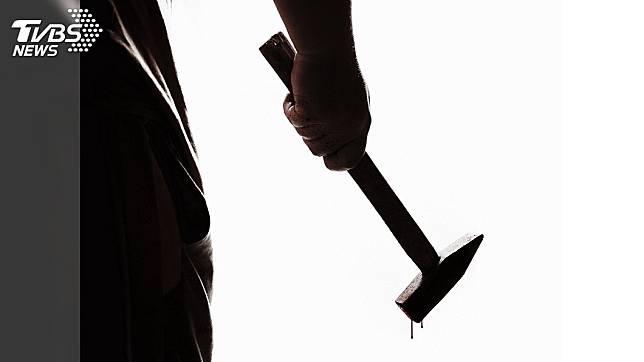 哈薩克日前發生一起哥哥狠心用鐵鎚打死妹妹的人倫悲劇。(TVBS資料示意圖)