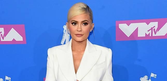 Dinobatkan Sebagai Miliarder Termuda di Dunia Versi Majalah Forbes, Ini Nilai Kekayaan Kylie Jenner