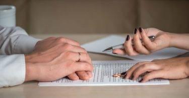 七成離婚由妻提出,原因:女性較無法忍受不忠、家務分工不平等