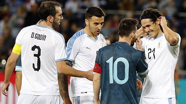 Messi dan Cavani