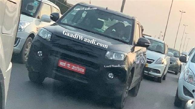 Suzuki Vitara Brezza yang menjalani pengujian di jalanan India. Sumber: gaadiwadi.com