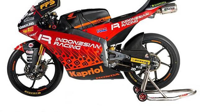 Tampak logo Indonesian Racing pada livery motor tim Gresini di Moto3 2021. (Gresini)