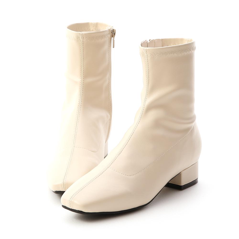 D+AF 人氣指標.素面車線方頭低跟襪靴