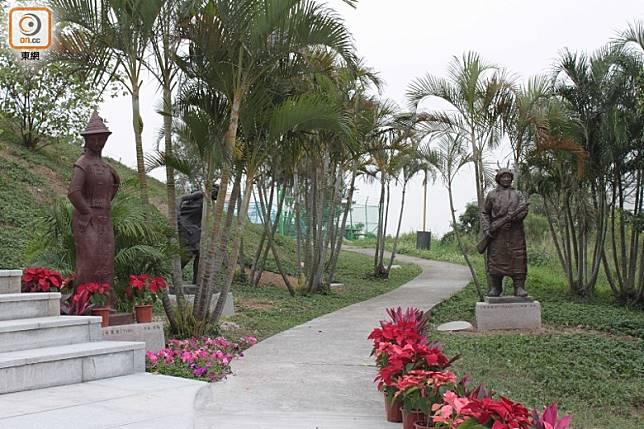 大潭山郊野公園設有中華民族雕塑園,大家可漫步細賞。(資料圖片)