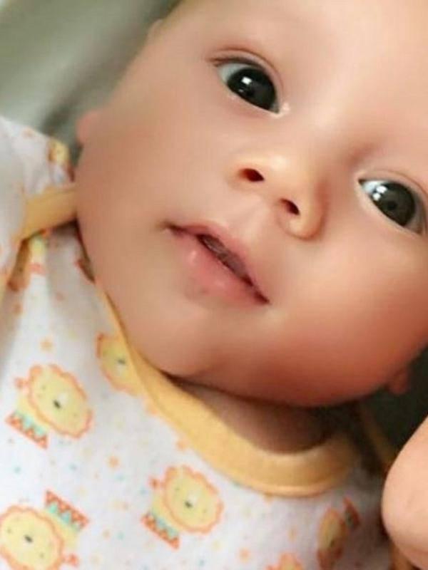 5 Bayi Artis Yang Sudah Ganteng Dari Lahir