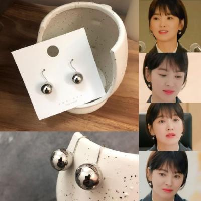 【ANPAN愛扮】宋慧喬新韓劇男朋友同款INS簡約銀色金屬球耳鉤式耳環