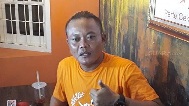 Sule saat ditemui di kawasan Tebet, Jakarta Selatan, Minggu (14/3/2019). [Wahyu Tri Laksono/Suara.com]