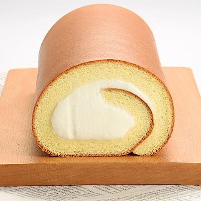 來自北海道的乳源,成就豐厚芳醇的自然風味,再搭配上昭和蛋糕專用麵粉製成的蛋糕,以絕佳比例引領平衡口感。