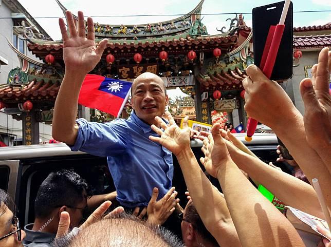 韓國瑜訪新竹縣市黨部 母雞帶小雞推薦立委候選人