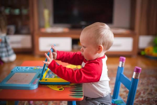 Moms, Perlukah Si Kecil Menempuh Pendidikan Prasekolah?