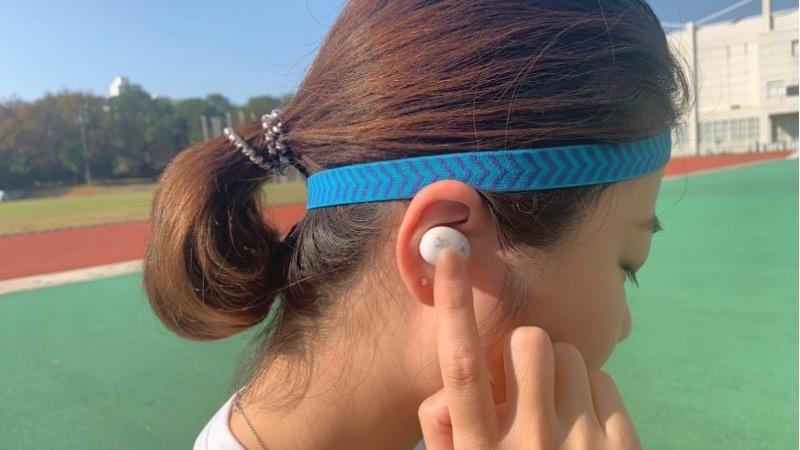【評測】對抗極端氣候的首選運動耳機:VERSA 真無線耳機