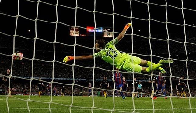 Kecewa terhadap De Gea, Man United Tebus Klausul Lepas Oblak