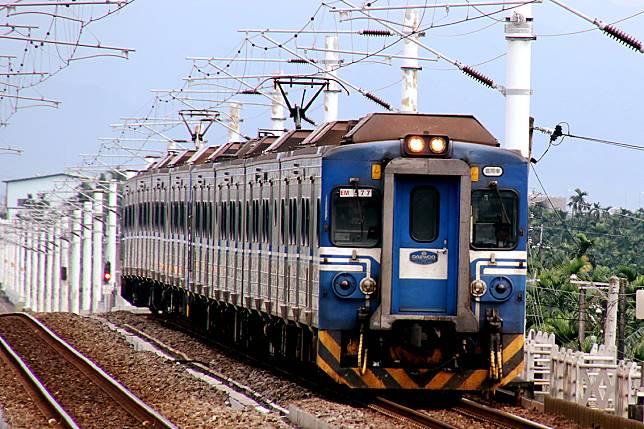 輕颱白鹿登陸台東 台鐵南迴線全面停駛
