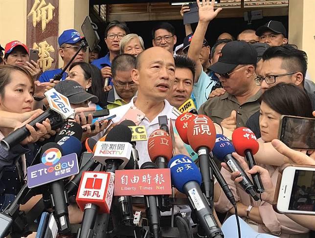 韓國瑜參拜昌黎祠 承諾當選總統將主動廢除一例一休