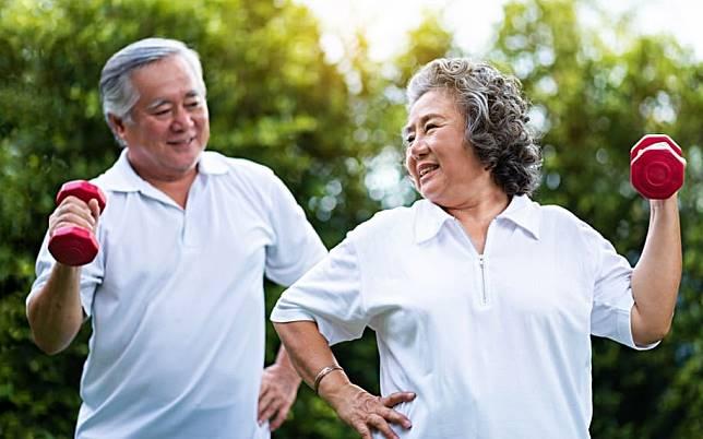 肌肉隨年齡流失!預防肌少症3招一起做