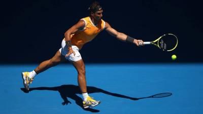 Australia Open ngày 3: Nadal thắng dễ, Sharapova giành vé gặp Wozniacki ở vòng 3
