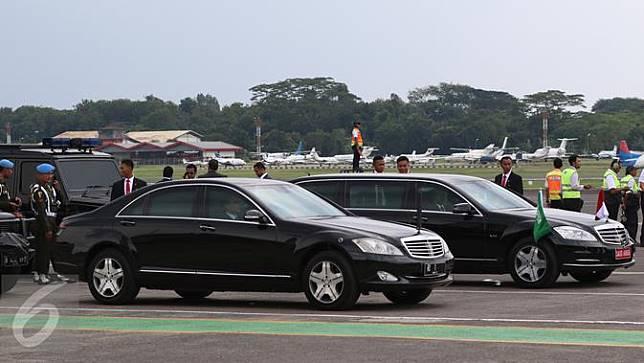 Deretan Mobil Mewah Saat Menyambut Raja Salman