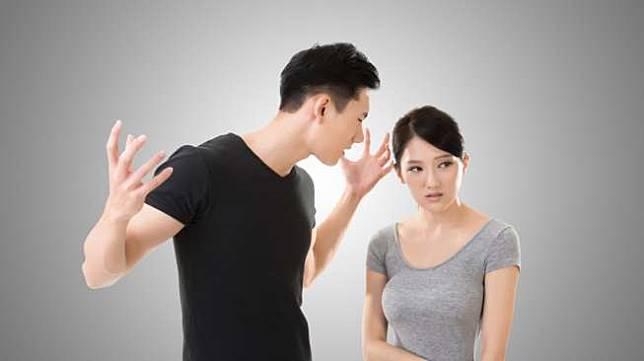 Sebaiknya Jangan Lakukan 5 Sikap ini Jika Bertengkar dengan Pasangan