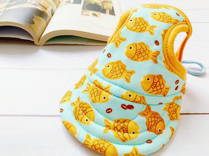 超可愛遮陽帽 內裡鋪棉 軟帽筵材質 也可翻帽穿搭更可愛 頭圍有伸縮扣可自行調整