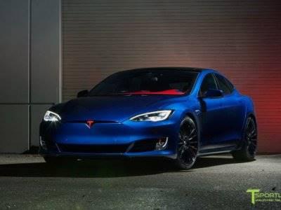 Tampilan Superman Pada Mobil Tesla Model S P100d Indozone Id Line Today