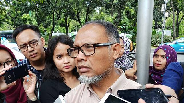 Mantan Wakil Ketua KPK Bambang Widjojanto di Balikota DKI. (Liputan6.com/Anendya Niervana)