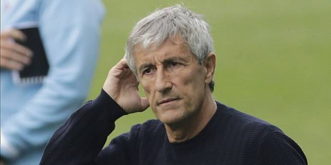 Pelatih Barcelona Quique Setien. (c) AP Photo