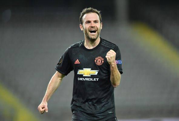 Gelandang Manchester United Juan Mata