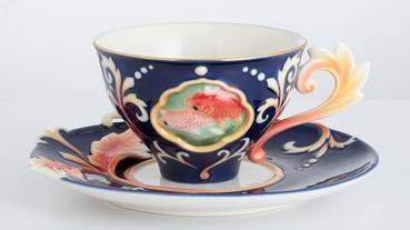 餐桌上的故宮瓷器