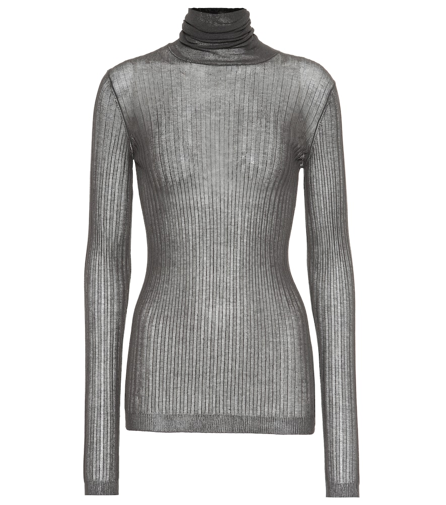 Cover your basics bases with this fine-knit turtleneck sweater from Bottega Veneta.