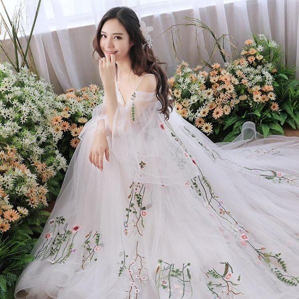 婚禮洋裝 婚紗禮服 白色婚紗季復古旅拍禮服簡約超仙新娘拖尾出門紗輕婚紗 BB奇趣屋
