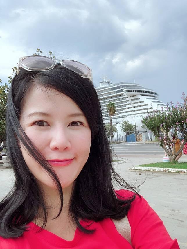 Mon So:時裝美容記者出身,後來轉戰美容公關界別,平時最大專注力放於美容扮靚,更喜歡尋根究底找出最好的美容物。(Mon提供)