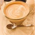 カフェラテ - 実際訪問したユーザーが直接撮影して投稿した新宿コーヒー専門店函館 美鈴珈琲 新宿店の写真のメニュー情報
