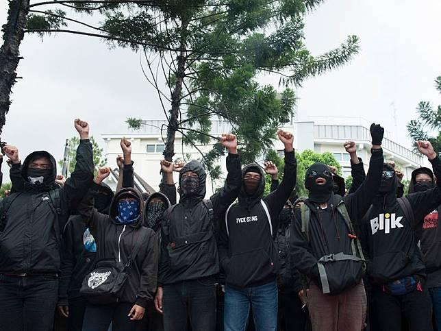 Anarko, iman anarkisme dalam tubuh provokator