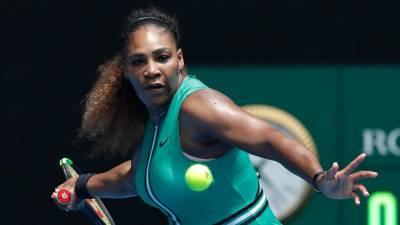 Australia Open ngày 2: Serena Williams mất 49 phút để đè bẹp đối thủ