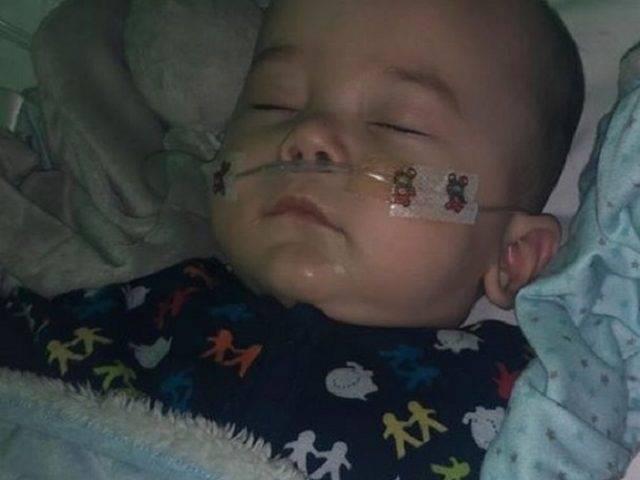 Bayi di Inggris Terkena Virus Korona, Ketika Membaik Bersua Mo Salah
