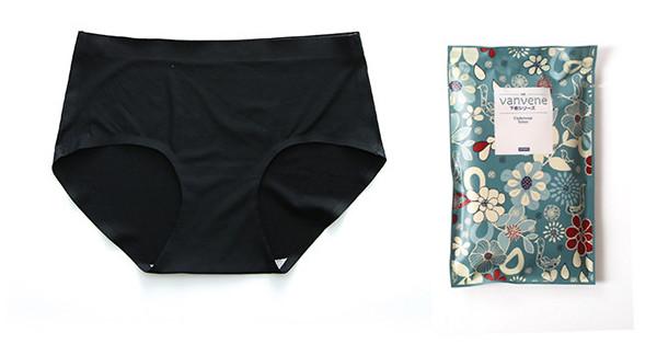 ◎360度網眼設計,超彈力透氣,舒適抗菌! 本款內褲採用最新日本織造技術機械製作網眼布,透氣柔軟,衛生健康,彈性佳,立體包臀,中腰設計,面料細緻舒適,輕盈無痕,貼身細膩的好像女人的第二層肌膚一樣,女人
