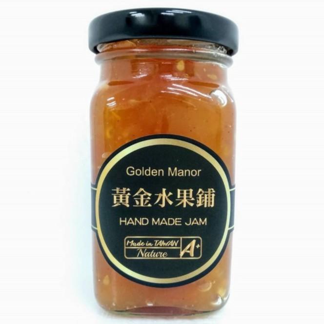 品牌名稱:黃金水果鋪 成份:蘋果、番茄、砂糖、檸檬汁、肉桂 產地:台灣、手工製作 保存期限:未開封12個月,開封後冷藏1個月 規格容量:110g 營養標示:請參考圖示 果醬創意食用方式:麵包土司、奶酪