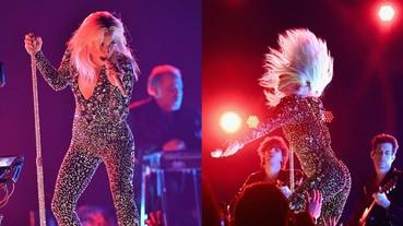 狂甩頭!Lady Gaga 葛萊美表演〈Shallow〉全新搖滾版 網友驚:歌喉怎麼可以這麼穩?
