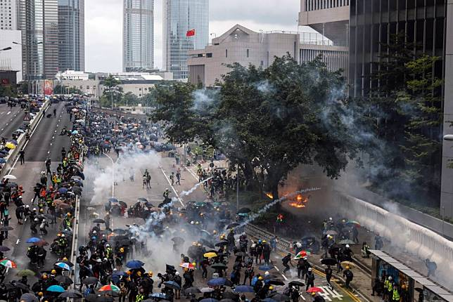 How do Hong Kong's student protests compare with those worldwide?
