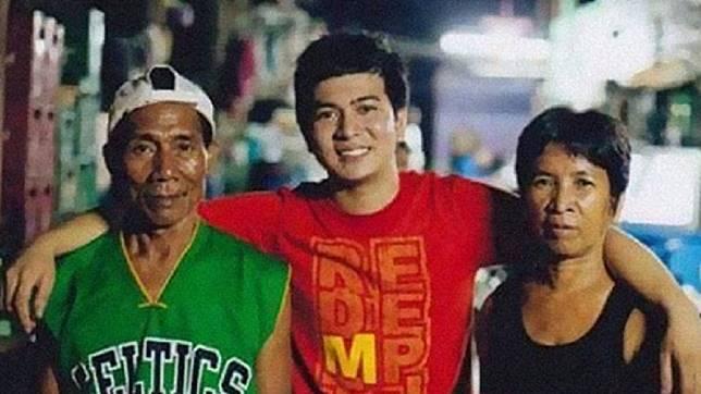 菲律賓1名男子出生3個月就遭棄養,養父母好心收養他並養育成人。(圖/翻攝自臉書)