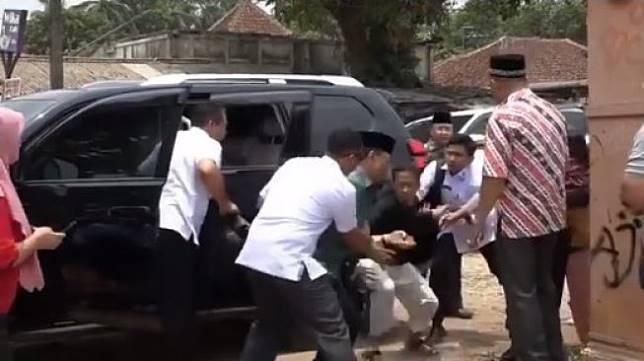 Wiranto ditusuk - (Instagram/@suryoprabowo2011)