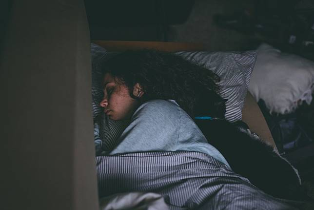 Sleep apnea berisiko menimbulkan beberapa jenis kanker pada perempuan. (Foto: Pexels)