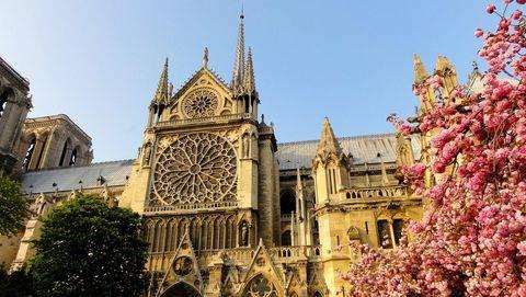 Gereja Notre Dam de Paris Dikunjungi 15 Juta Wisman Per Tahun