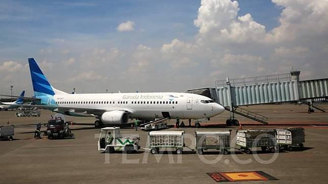 Jatuhnya pesawat Boeing 737 Max 8 yang dioperasikan maskapai Ethiopian Airlines ketika bertolak menuju Nairobi, Kenya, pada 10 Maret 2019 membuat sejumlah negara memutuskan untuk melarang Boeing 737 Max 8 beroperasi kembali, salah satunya yakni pada Maskapai Garuda Indonesia. TEMPO/Rully Kesuma