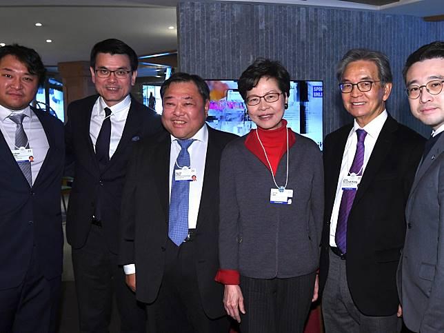 林鄭月娥正在瑞士達沃斯出席世界經濟論壇年會。(政府新聞處)