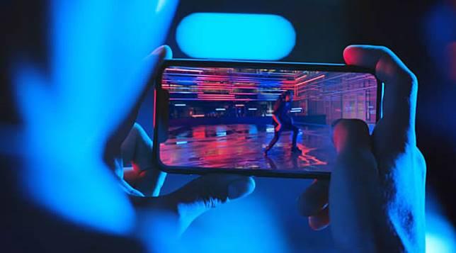 Apple อาจนำจอ OLED มาใช้ใน MacBook และ iPad แทน หลังถูก Samsung ฟ้องร้องเรื่องยอดสั่งจองหน้าจอน้อยกว่าที่ตกลงกันไว้