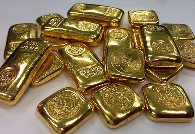 gold-295936_960_720