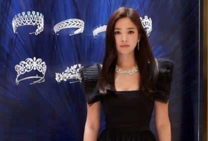 Pertama Kali Tampil di Korea Setelah Cerai, Song Hye Kyo Memukau Publik