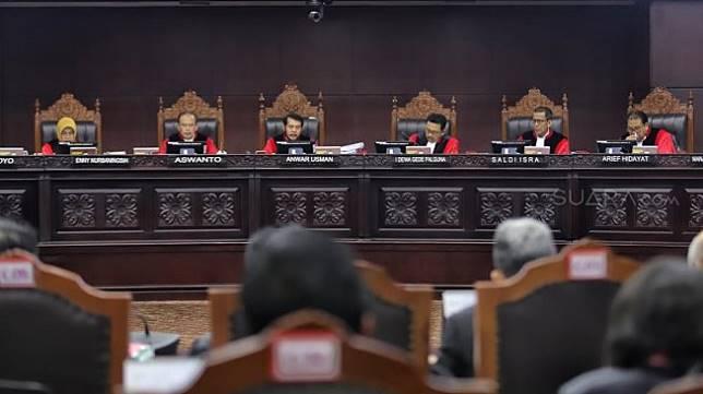 Ilustrasi sidang sengketa Pilpres 2019 di Mahkamah Konstitusi. (Suara.com/Muhaimin)